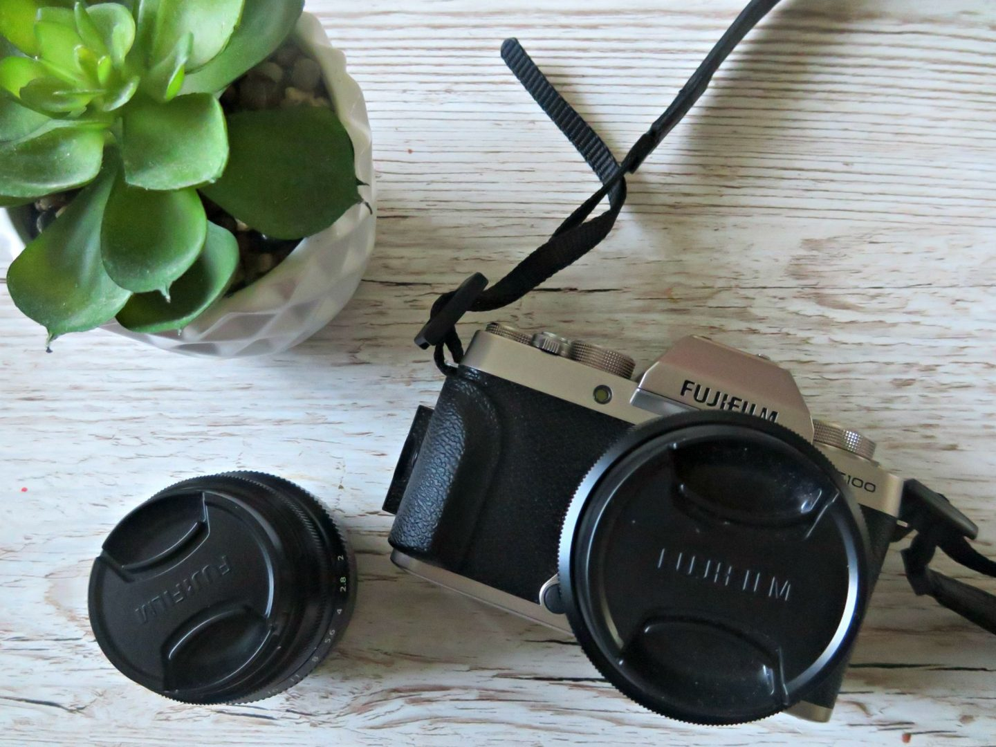 FUJIFILM X-T100 REVIEW – IS THIS THE BEST BLOG CAMERA?